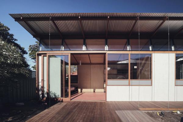 Thirroul  Garden  Studio